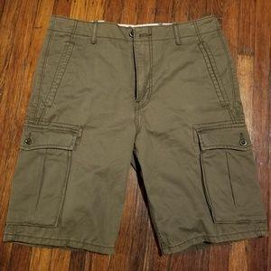 Levi's Cargo Shorts Size 32